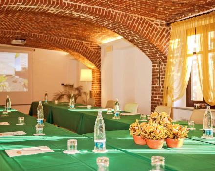 A meeting room with exclusive use to organize your business meetings near Turin? At the BWP Hotel Le Rondini you will have Wi-Fi, garage, natural light, personalized lunches and much more. Find out more!
