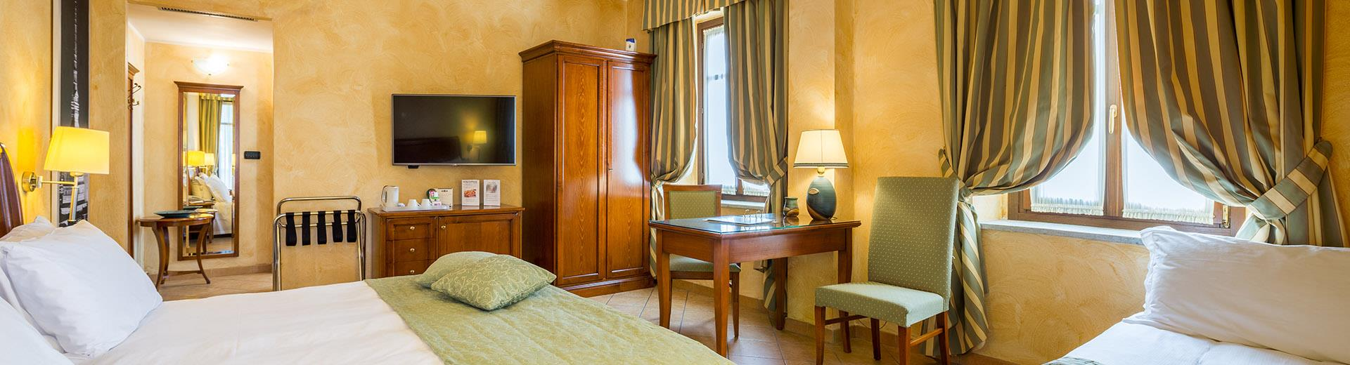 Sober and elegant, the rooms of the Best Western Plus Hotel Le Rondini Turin reflect the style of the old farmhouse and make your stay an unforgettable experience.