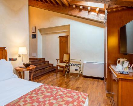 The Superior rooms of the Best Western Plus Hotel Le Rondini, near Turin, are jewels of elegance and charm. Fine finishes, regenerating shower cabin with whirlpool and Turkish bath