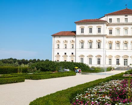 Would you like to visit la Reggia Venaria in Turin in the countryside? Come to the Best Western Hotel Le Rondini in just 15 minutes!